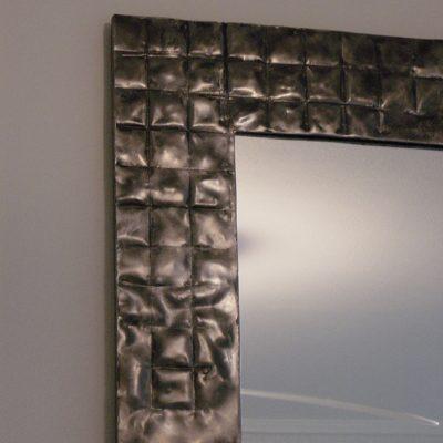 bexsimon-waffle-mirror-detail