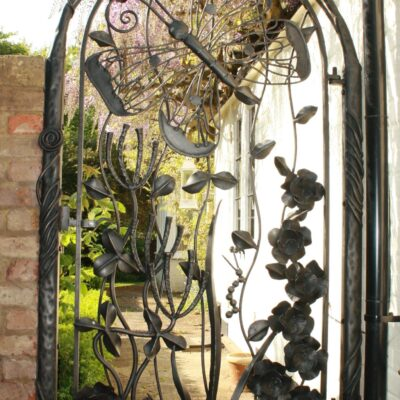 country-living-gate
