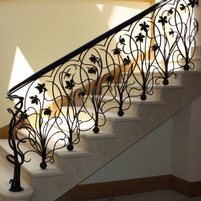 BexSimon Art Nouveau daffodil balustrade