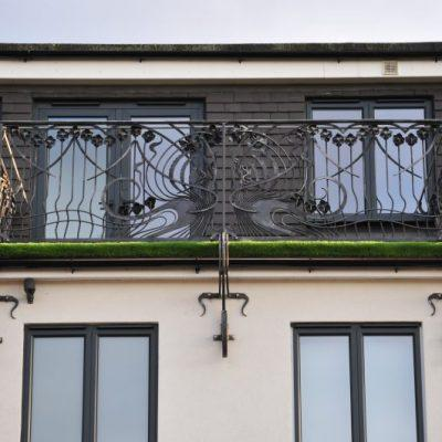 Art Nouveau style Daffodil balcony railing front view